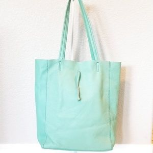 Leather Ice Blue/Mint Tote